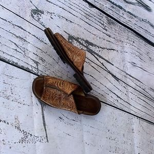 Cole Haan Tooled Sandals Womens Size 6
